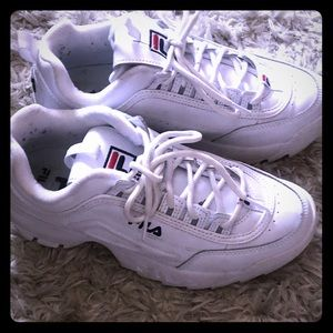 Women's Fila tennis shoes